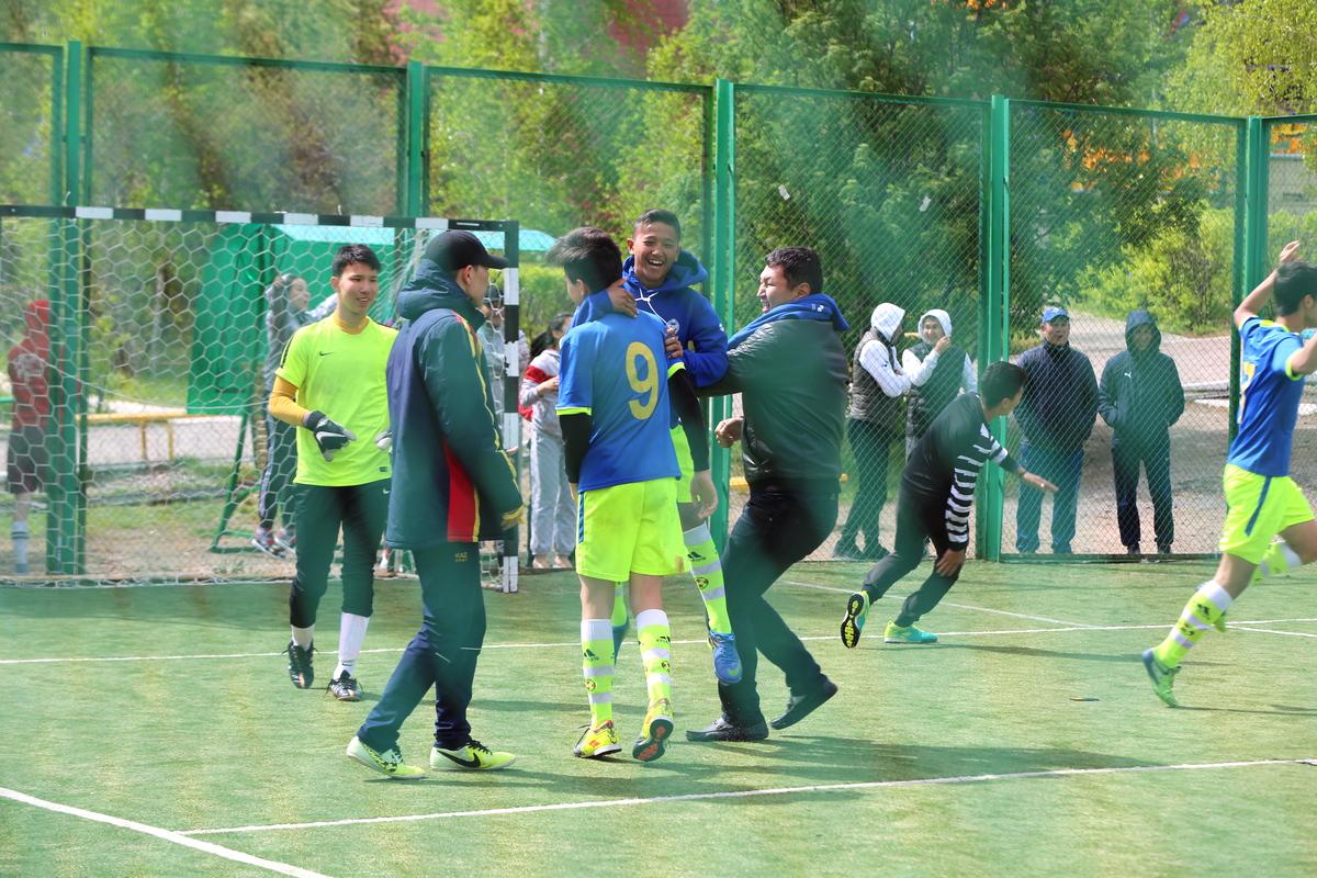 Футбол полуфинал SportFEST