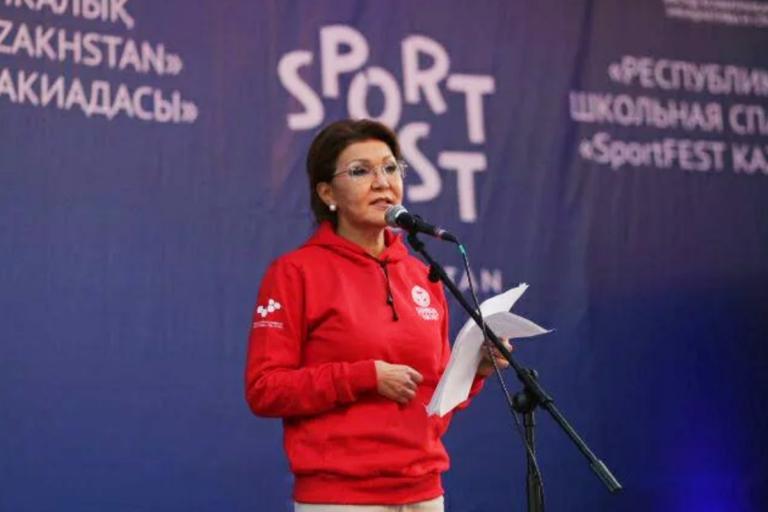 Дарига Назарбаева поздравила финалистов